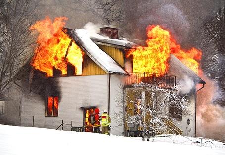Bostadsbrand i jordbro slackt
